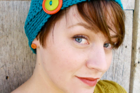 Women's Crochet Flapper Hat with Button - Crochet Cancer Hat - Flapper Hat - Cro