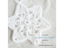 Crochet Snowflake Star Garland Pattern